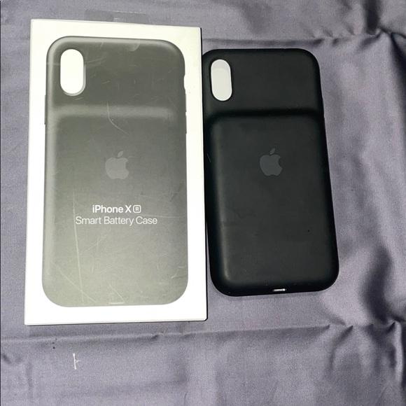 Apple iPhone XR smart battery case